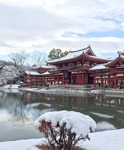 雪の平等院鳳凰堂
