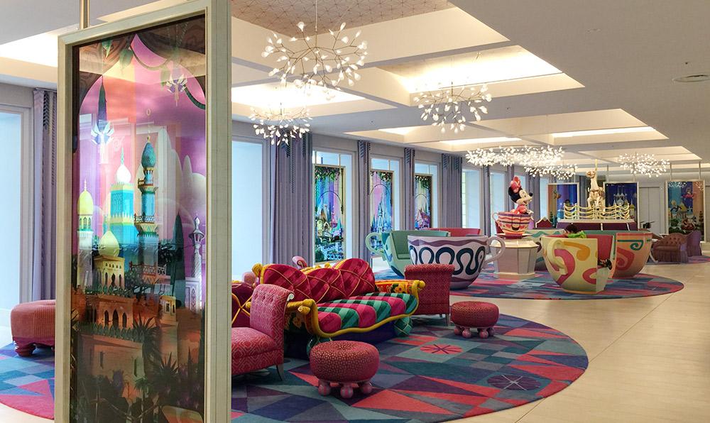 東京ディズニーセレブレーションホテルのロビー
