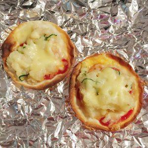 ポテトサラダ+餃子の皮でリメイクピザポテト